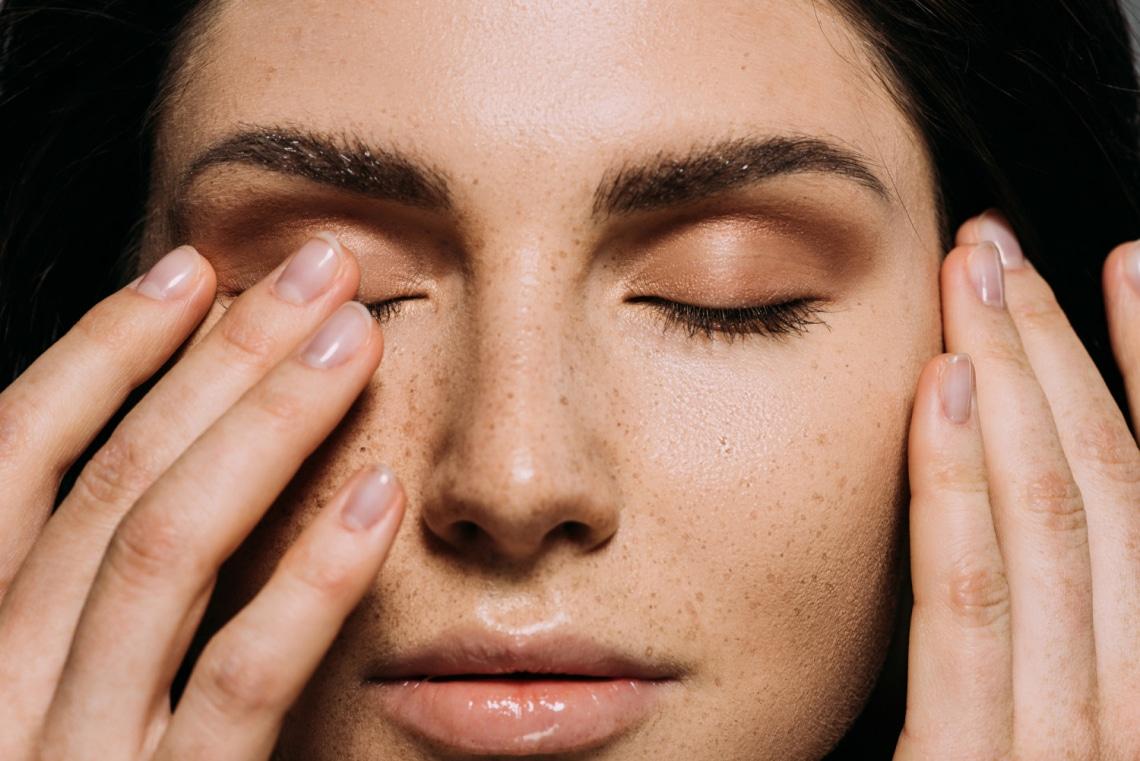 Koronavírus: Hogyan szokj le arról, hogy az arcodhoz érj