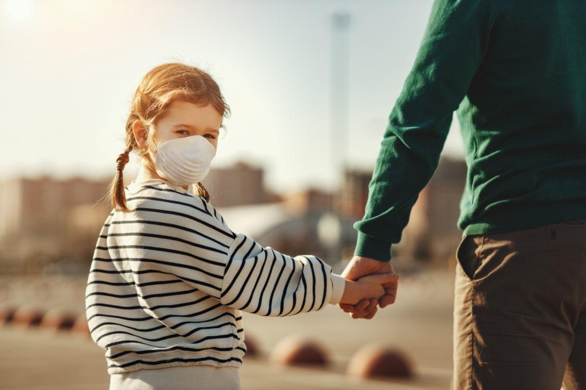 Koronavírus: Komoly problémával nézhetnek szembe az elvált szülők a járvány miatt