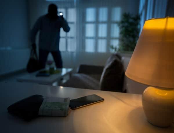5 rejtekhely az otthonodban, amit elsőként kutatnak át a betörők