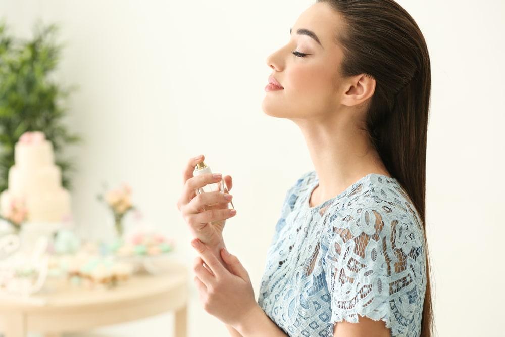 Melyik a hozzád illő tökéletes parfüm? + a nyár 5 legbódítóbb illata