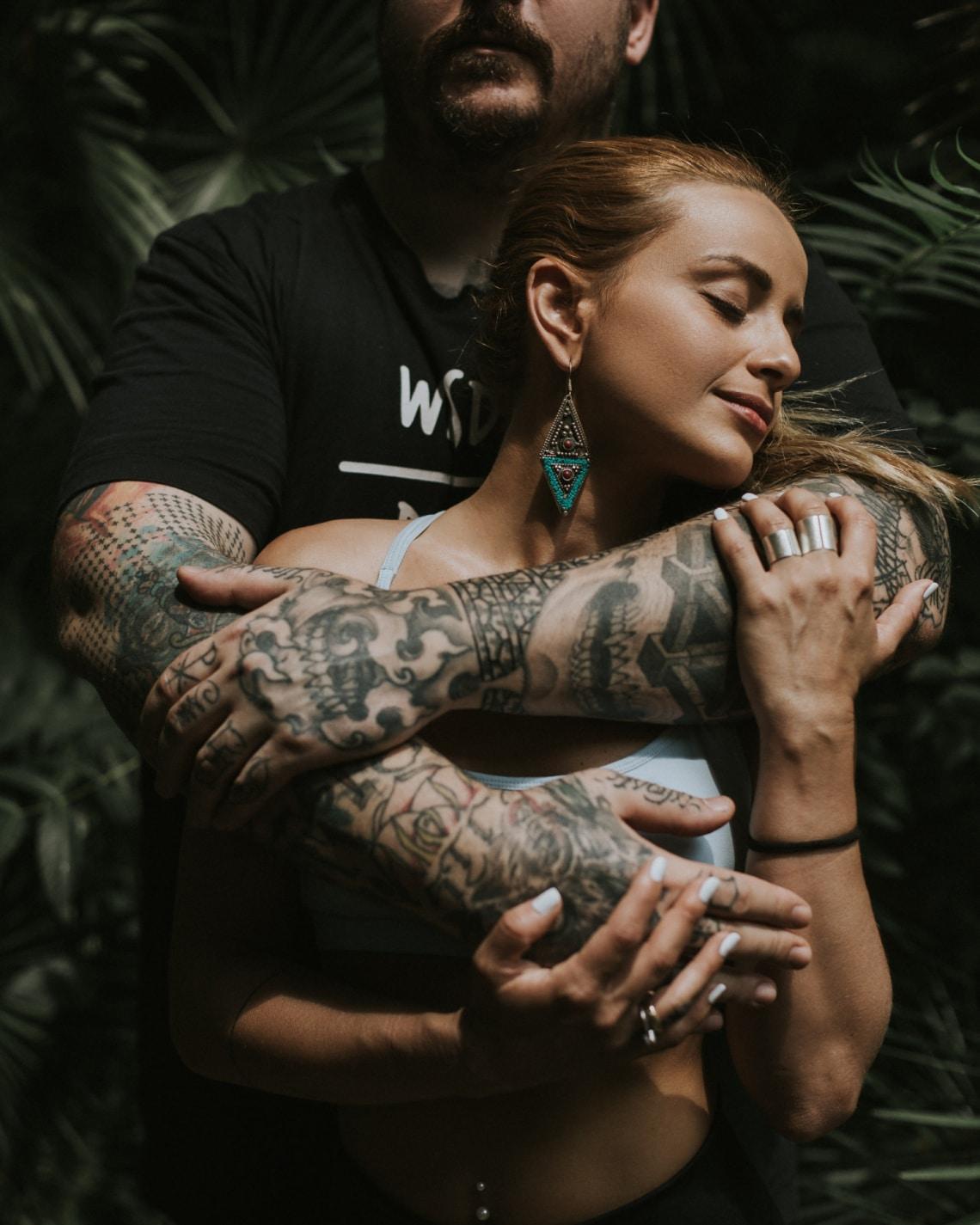 kutatási tetovált ember)