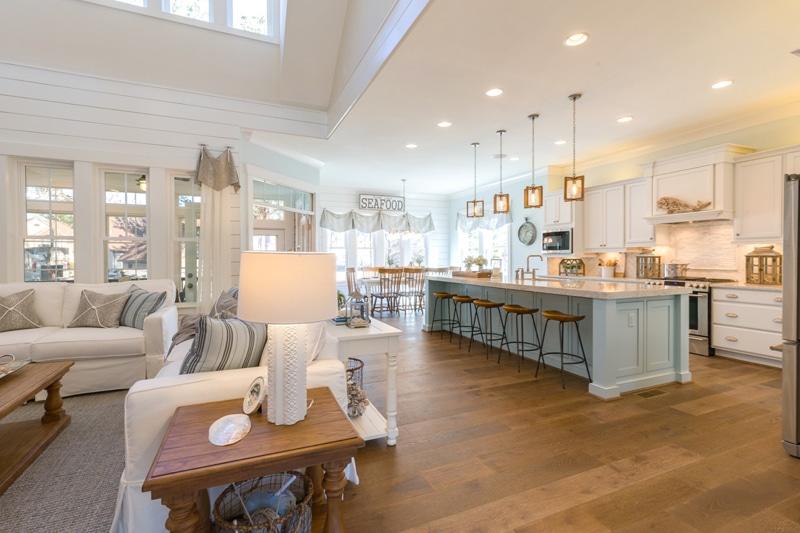 Milyen legyen a konyha padlója? A melegburkolatok előnyei és hátrányai + Galéria