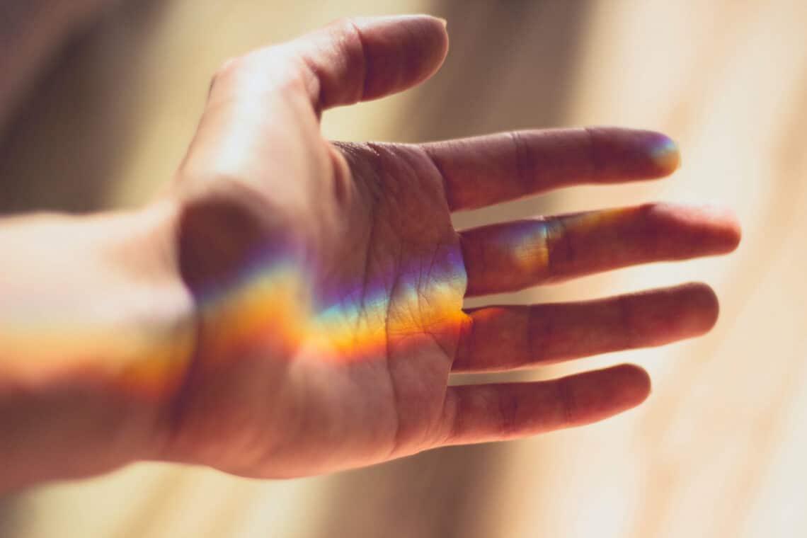 Milyen típusú a kezed, melyik ujj melyik bolygó és mit kell tudni a négy fővonalról? A tenyérjóslás alapjai