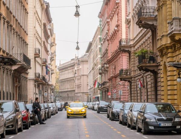 Minden nap látod, de felismered a kép alapján? Érdekes részletek a budapesti épületeken