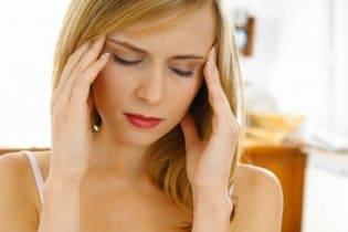 Most gombnyomásra is elmúlhat a migréned!