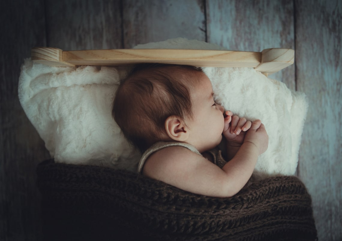 Nagyon sok alvásidőről kell lemondania egy szülőnek – egy új kutatás kiderítette mennyiről