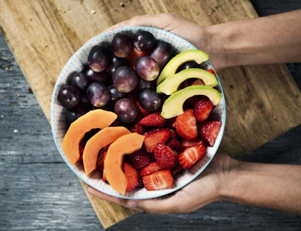 Ne félj a magas cukortartalmú gyümölcsöktől – így építsd őket a diétádba