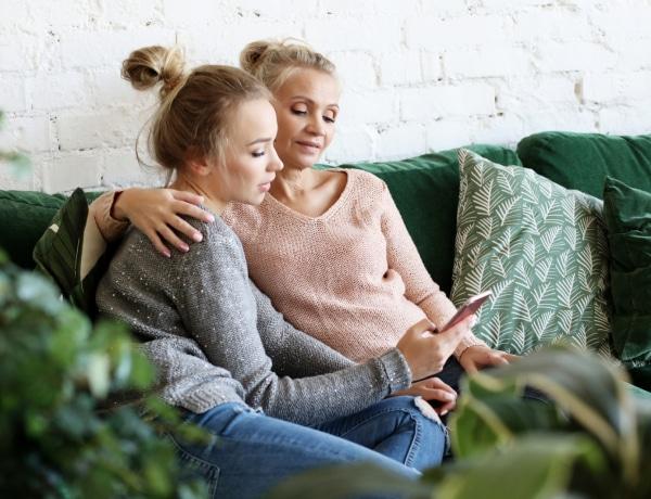 Nem csak gyerekként keserítik meg az életedet: a mérgező szülők árnyékában