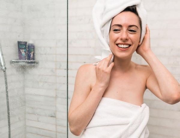 Para a zuhanyzóba vizelni? Mutatjuk, mennyire higiénikus belepisilni a zuhanyzóba