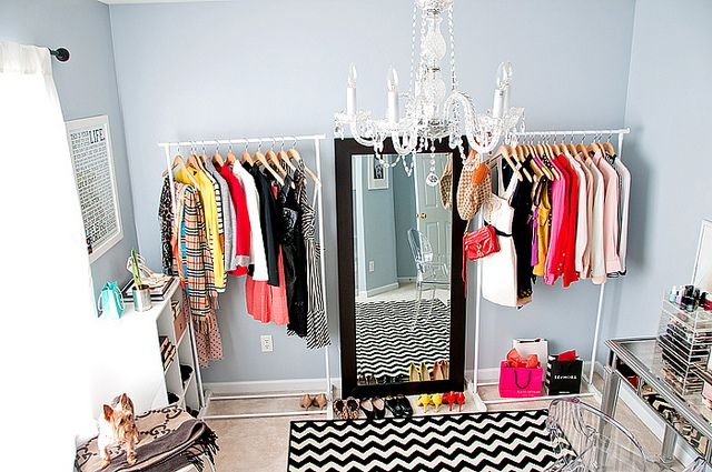 Praktikus ötletek – Így csinálj még több helyet a szekrényedben