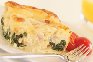 Sonkás, sajtos, spenótos egytálétel