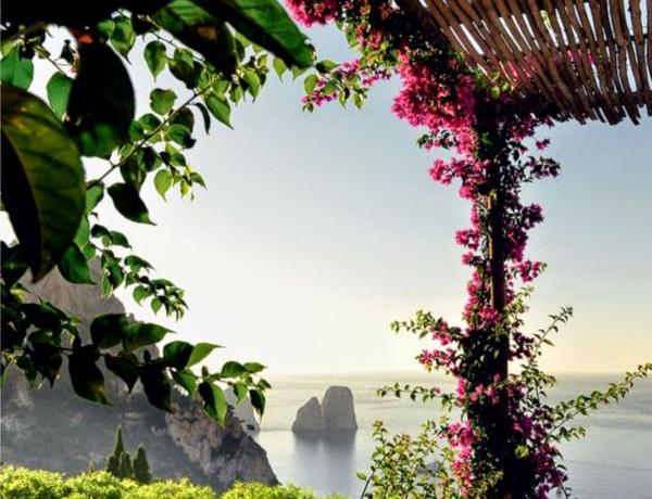 Színes virágok és napsütés – 5 hely, ahova tavasszal el kell utaznod