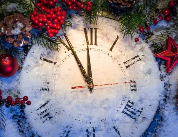 Szeletelj egy kenyeret, de nehogy kividd a szemetet! 22 újévi szokás és babona