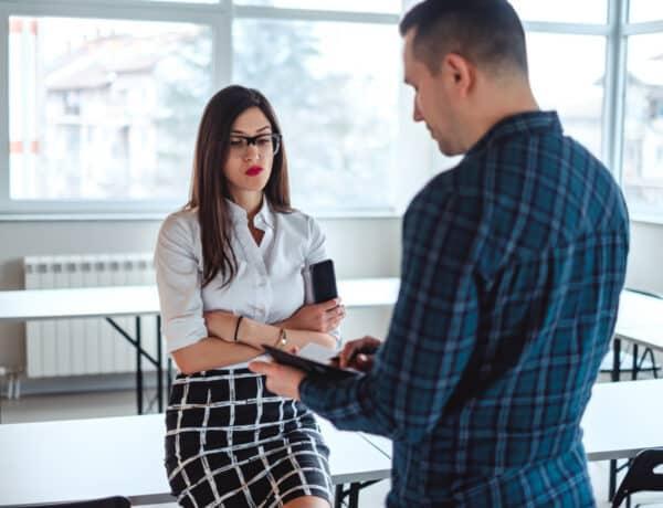 Szexuális zaklatás a munkahelyen: ezek a jelek, amiket komolyan kell venni