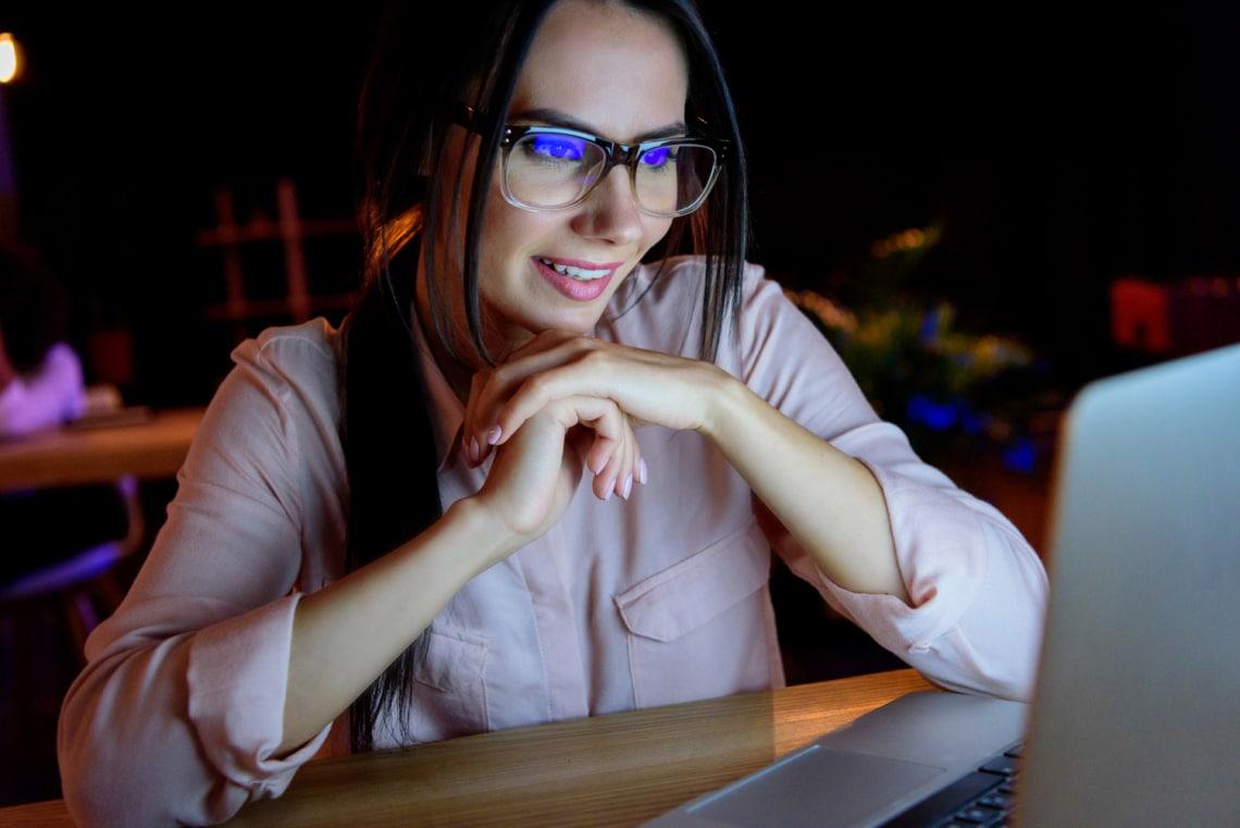 Tényleg szükséged van monitorszűrős szemüvegre?