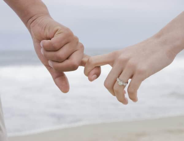 Te hogyan fogod a párod kezét? Ezt árulja el a párkapcsolatotokról