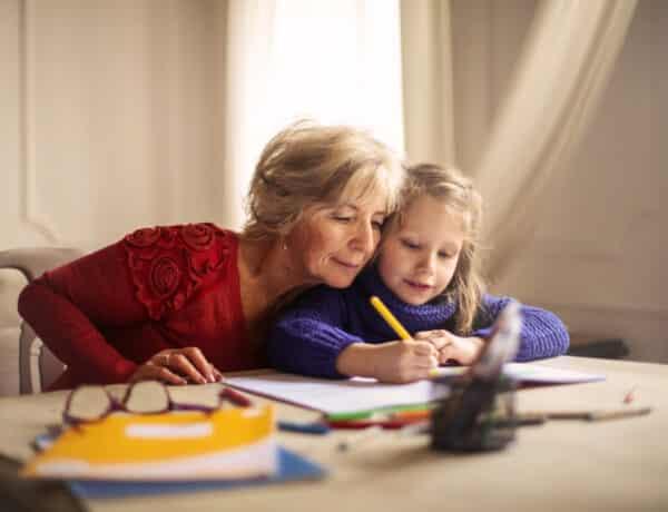 Te is rajongásig szereted az anyai nagymamádat? Ez egyáltalán nem véletlen!