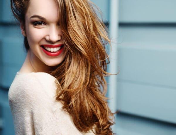 5 látványos frizura, amit pici változtatással is elérhetsz