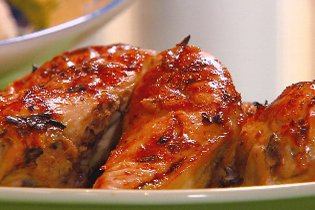 Zöld fűszeres csirke-kotlett mustáros szósszal