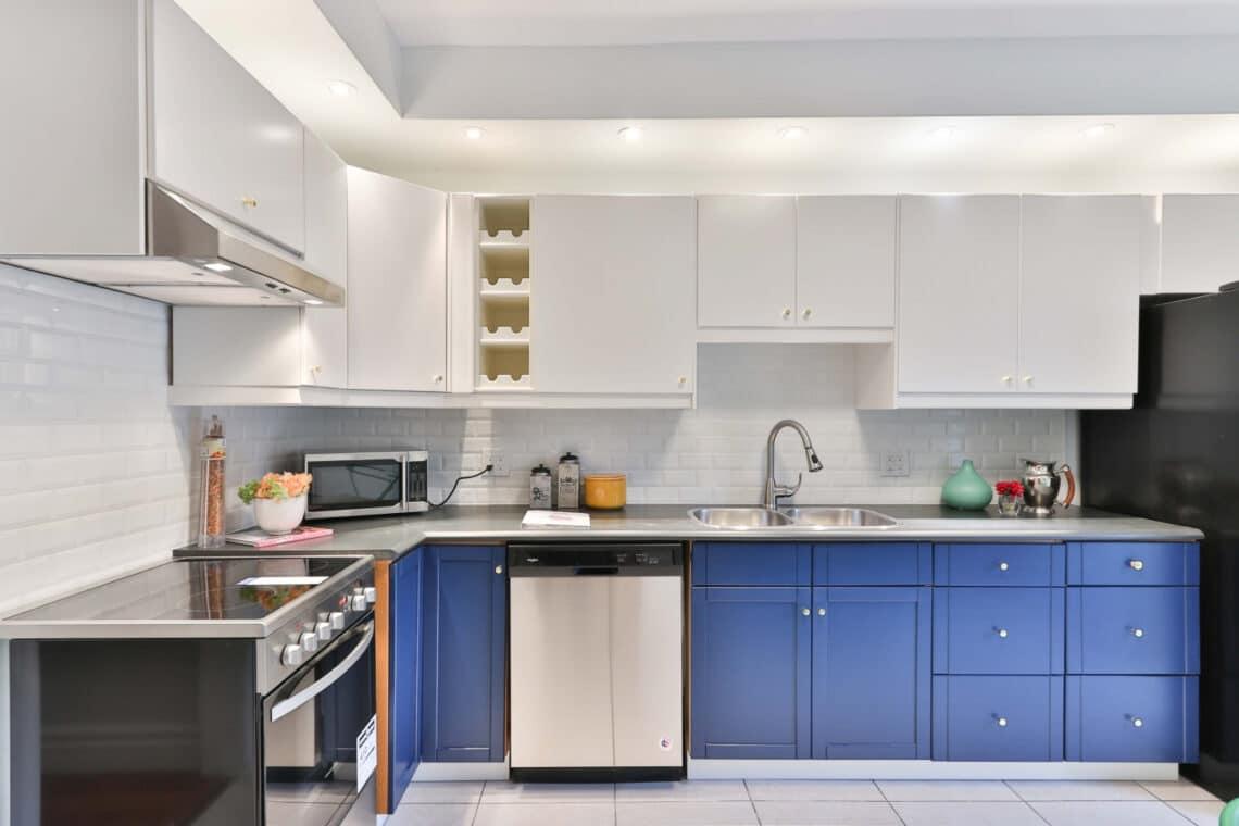 Így is kinézhet egy konyha, miután átfested! Lenyűgöző átalakítások