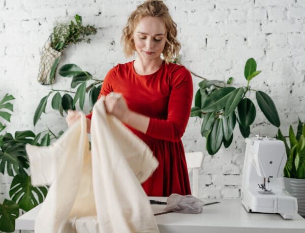 10 szenzációs ruha átalakító trükk. Végeredmény: dizájner ruhák!