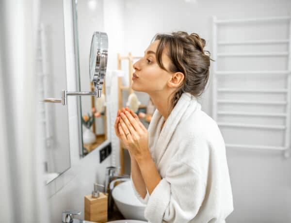 5 arcizomgyakorlat, ami segít, hogy fiatalos maradjon a külsőd
