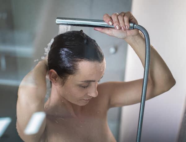5 fontos érv az esti zuhanyzás mellett