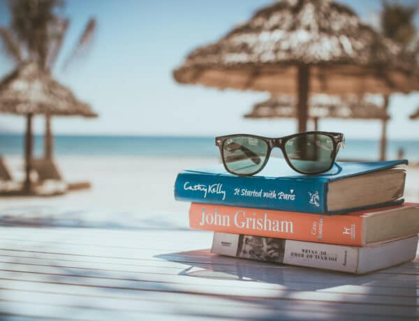 Teszteld: Mennyire vagy könyvrajongó? 5 ikonikus könyvborító, amit illik felismerni
