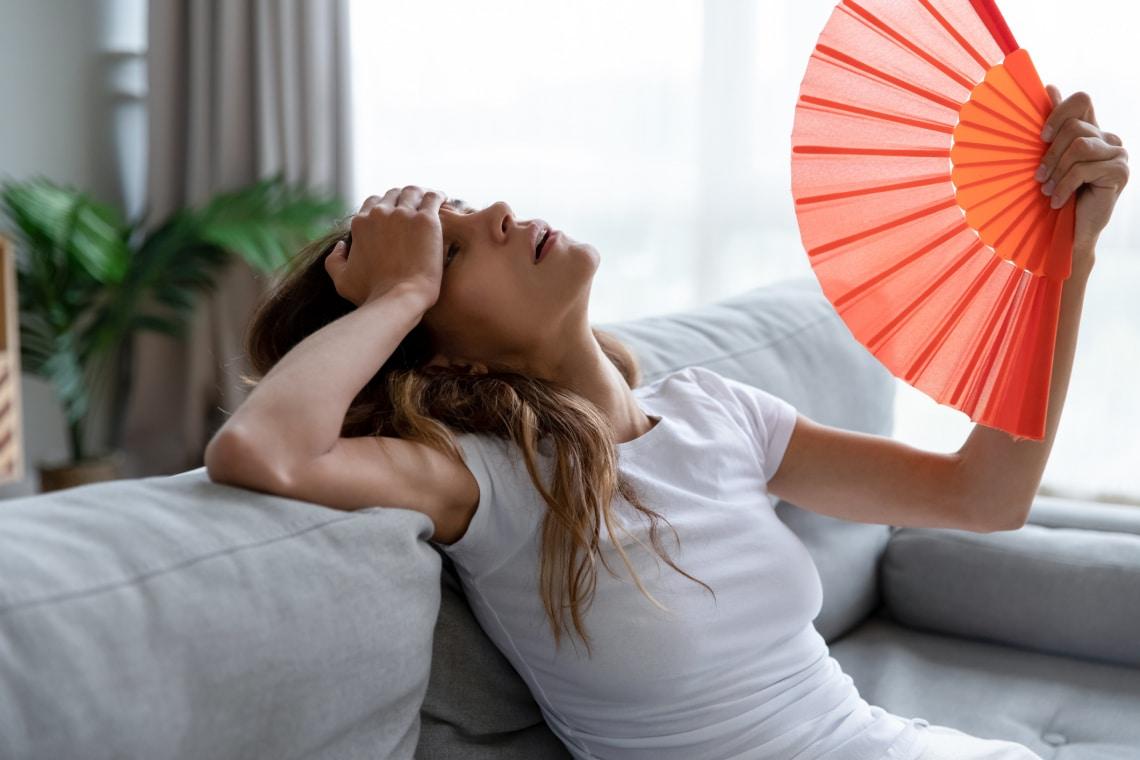 Nyáron nagyon izzadsz? 5 módszer, ami segíthet a problémán