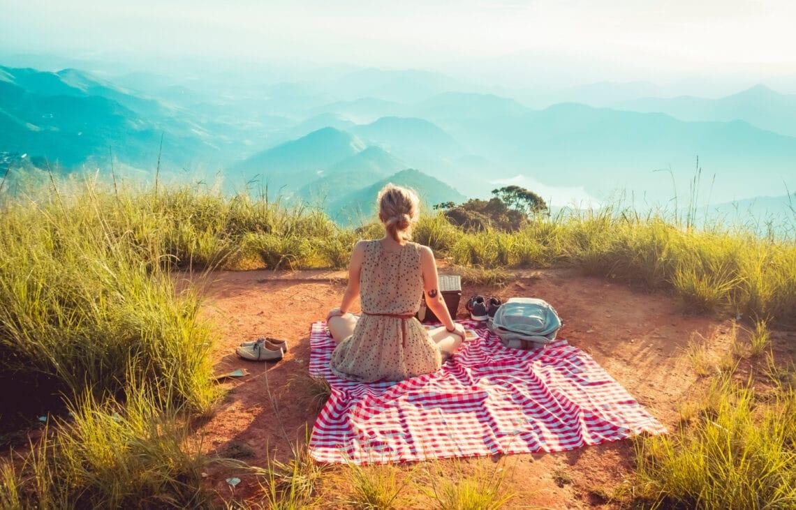 24 sikkes nyári ruhadarab, piknikezéshez (is) – Lelőhelyekkel
