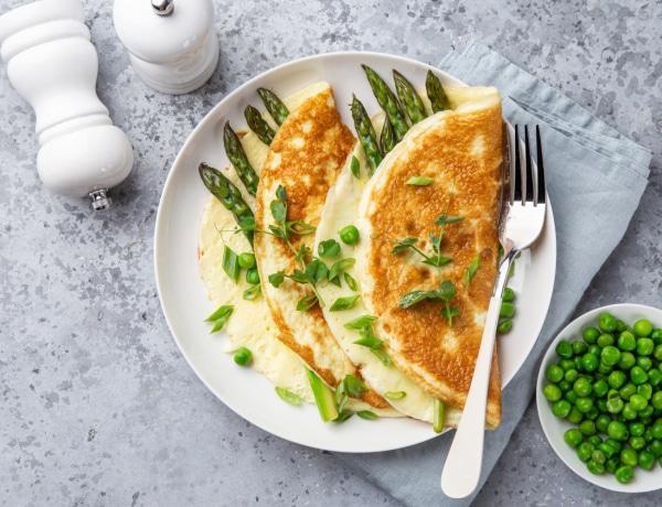 5 különleges rántotta recept – Füstölt lazac, articsóka, pesto és tortilla, mind remekül illik a tojáshoz!