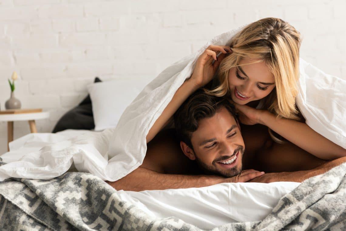 A szex-pozitív párterápia a házasságok megmentője lehet: erről szól az új őrület