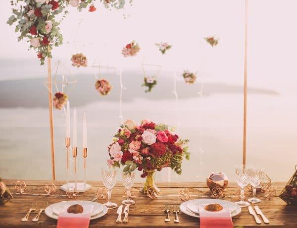 """Ha """"Igen""""-t mondtál a vírus ellenére is: Csodaszép dekorációs ötletek őszi esküvőre"""