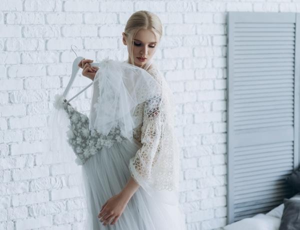Így tárold az esküvői ruhádat, hogy semmi baja ne legyen a nagy nap előtt és után