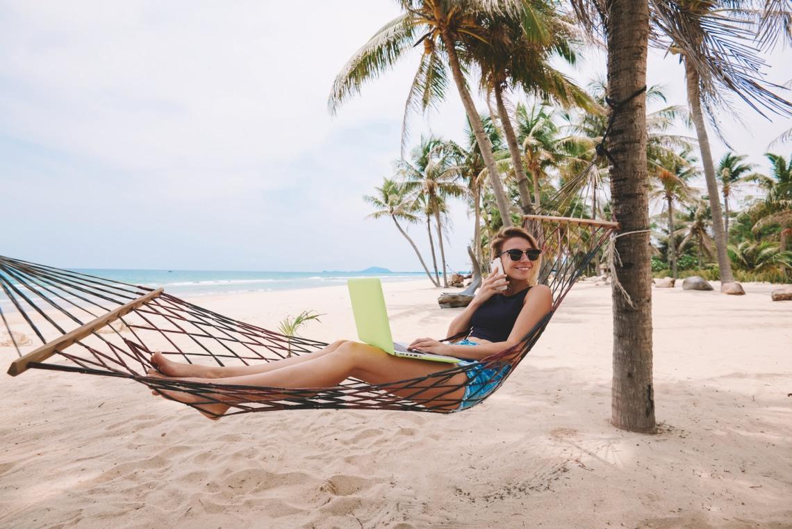 Károsabb, mint gondolnád: nagyon fontos, hogy ne dolgozz a nyaralásod alatt