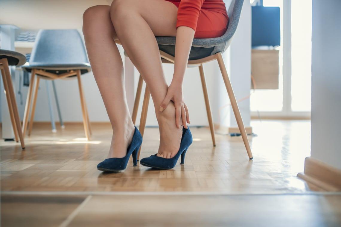 Ruhadarabok és kiegészítők, amik napi szinten okoznak fájdalmat – Miért csináljuk?