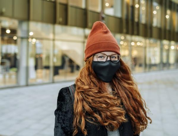 Nem a hideg időjárás miatt terjed jobban a koronavírus