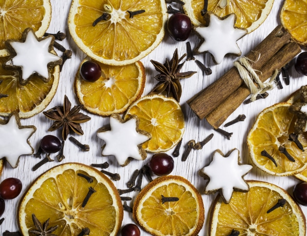 Ragyogó és színes! Így készíts ünnepi dekorációt szezonális finomságokból