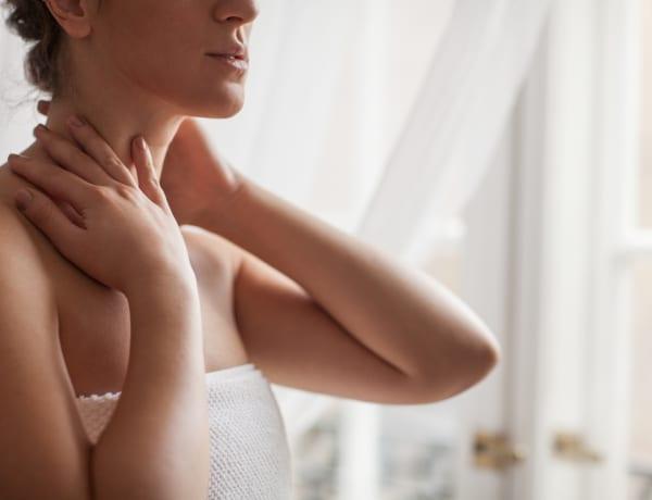 5+1 trükk, ami a nyakon levő vonalakat elhalványítja