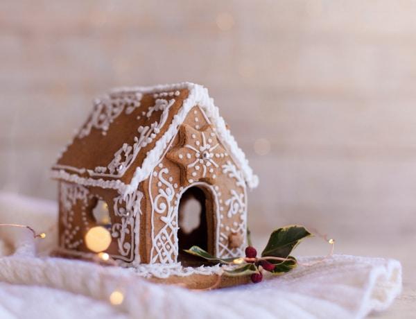 Mézeskalácsos dekorációk – nassoláson kívül másra is használhatod a sütiket!