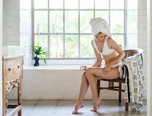 5 fontos dolog, amit a bőrgyógyászok szerint muszáj tudnod a hidratálásról