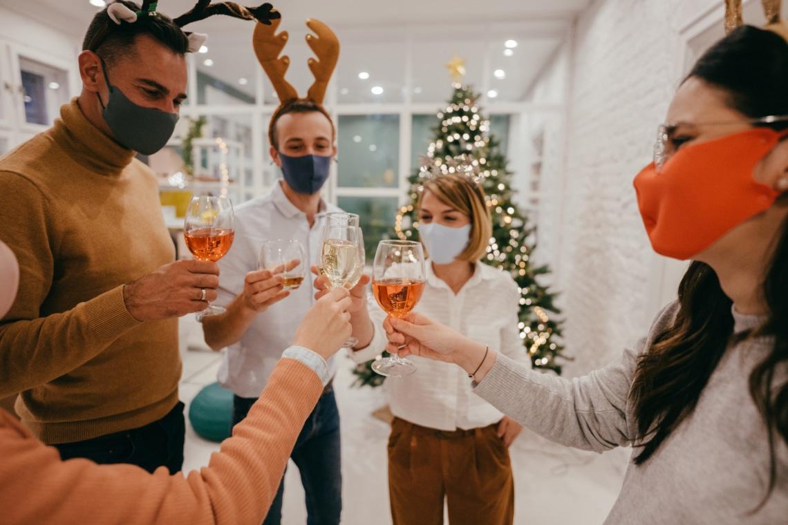 Ha mégis rokonokkal karácsonyozol – 5 óvintézkedés