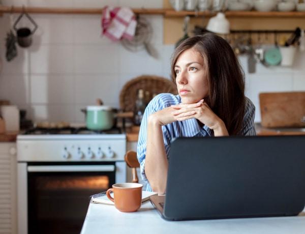 Ha magányos vagy, az éhséghez hasonló változások mennek végbe az agyban
