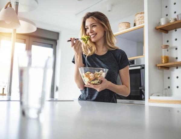 Az intuitív étkezés 10 alapelve, ami megjavítja a kapcsolatod az étellel