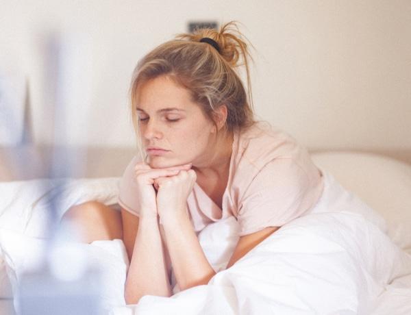 Ezek lehetnek az okai, ha reggel kimerülten ébredsz – hiába aludtál eleget
