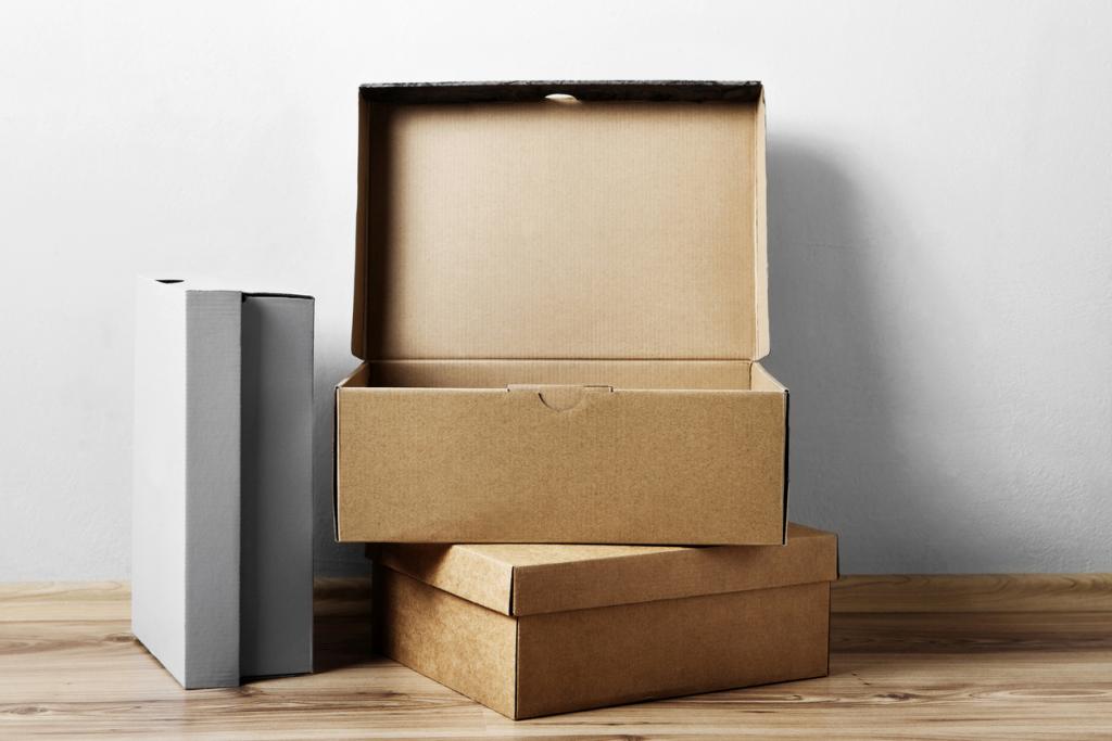 Üres dobozok