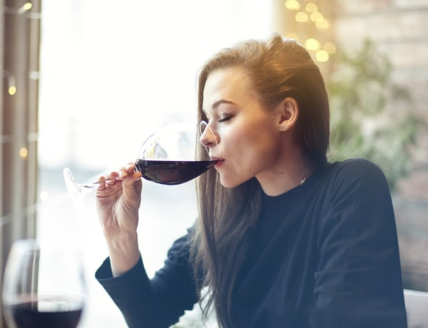 5 apró jel, hogy több alkoholt iszol a kelleténél