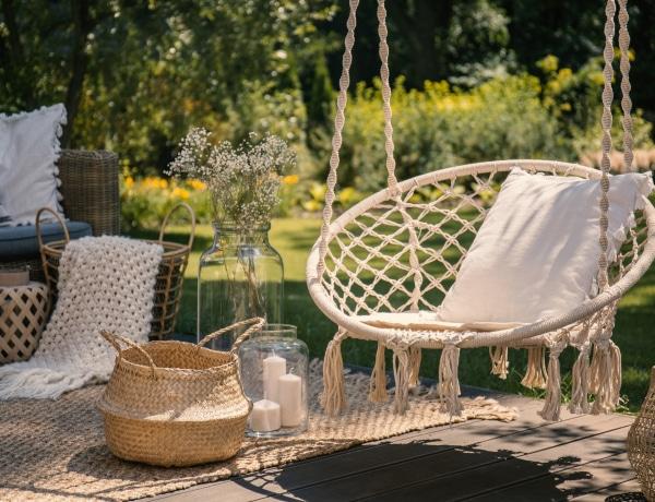 Ezek lesznek az idei szezon kerti bútor trendjei