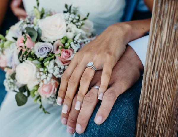 Elavult intézmény lett a házasság? Ezek a párok ezért döntöttek mellette