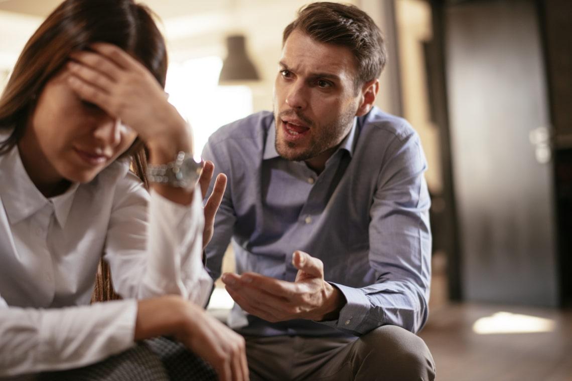 Ha valaki ezt a 6 dolgot csinálja veled, titokban manipulálni próbál